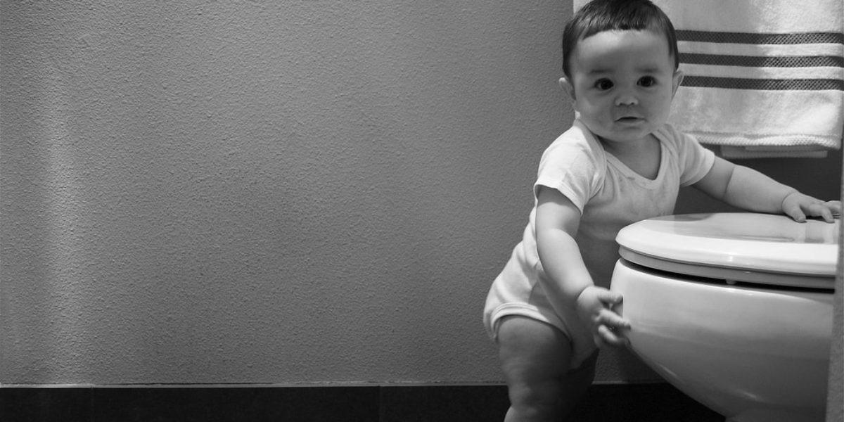 952cad33bb225 10 astuces pour apprendre la propreté à bébé