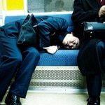 fatigue des jeunes parents : faire la sieste