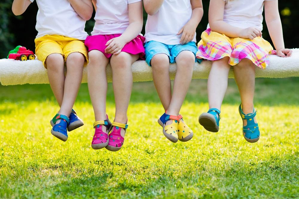 sélection de chaussures pour enfants