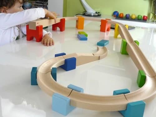circuits à billes, jouet évolutif pour enfant