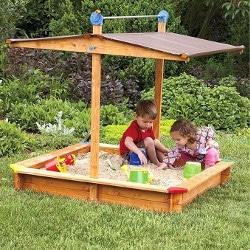 Bac à sable avec toit relevant Gaspo en bois pour enfant