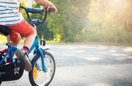 apprentissage du vélo sans petites roues