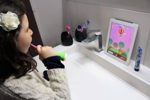 Signal Playbrush : pour apprendre à se brosser les dents