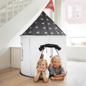 cabane en tissu pour enfant maison de pirates