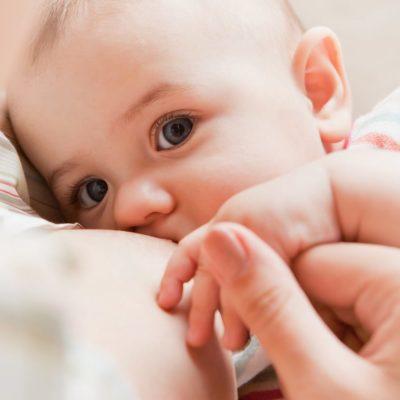 18 astuces contre le reflux gastrique de bébé - RGO