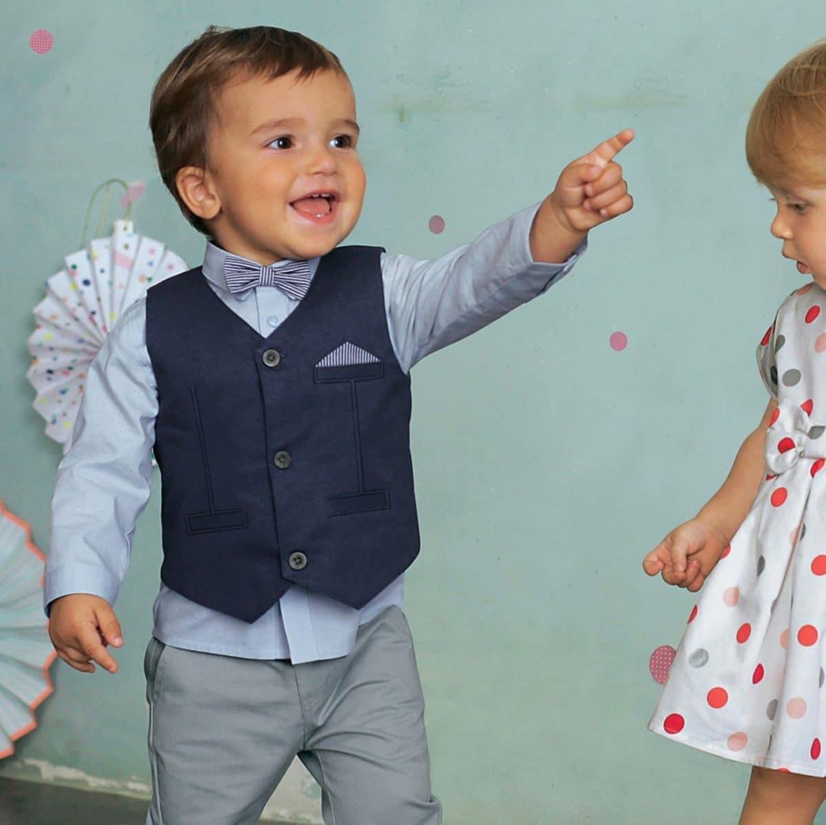 tenue-ceremonie-pour-enfant-ensemble-bebe-garcon-ceremonie-gilet-chemise-noeud-papillon-pantalon