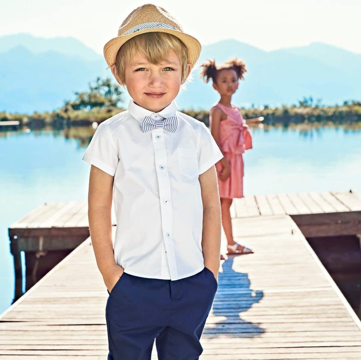 tenue-ceremonie-pour-enfant-pantalon-chino-garcon-cotonlin