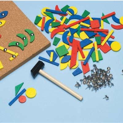 Montessori-jeu-de-clous