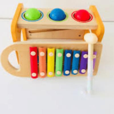 montessor-banco-a-martillo-con-xilófono