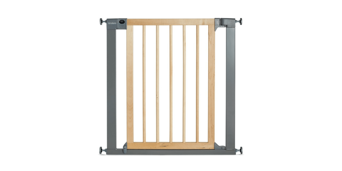 exemple barriere escalier marque Lindam