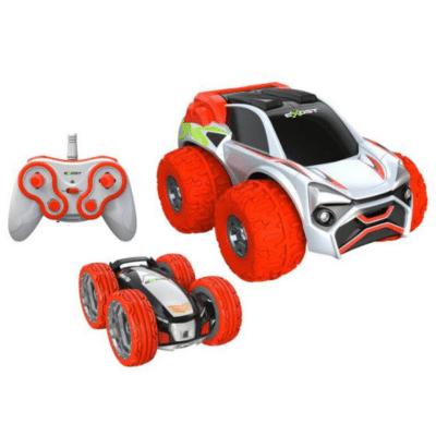 deux voitures la télécommande enfant Xtreme Buster marque Silverlit
