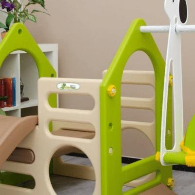 structure en plastique verte et blanche pour jeunes enfants marque littletom