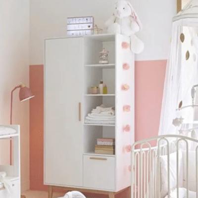 ciel de lit blanc dans chambre bébé marque Maison du monde