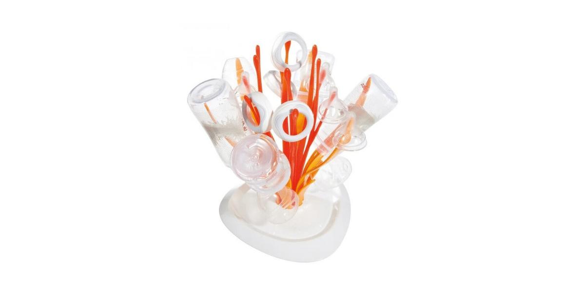 egouttoir bebiron orangee t blanc avec biberons dessus marque Tigex
